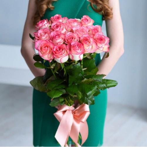15 роз Jumilia