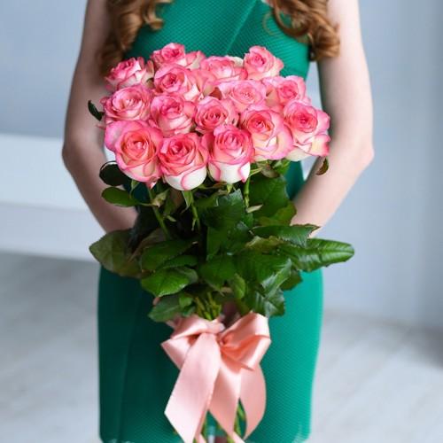 21 роза Jumilia