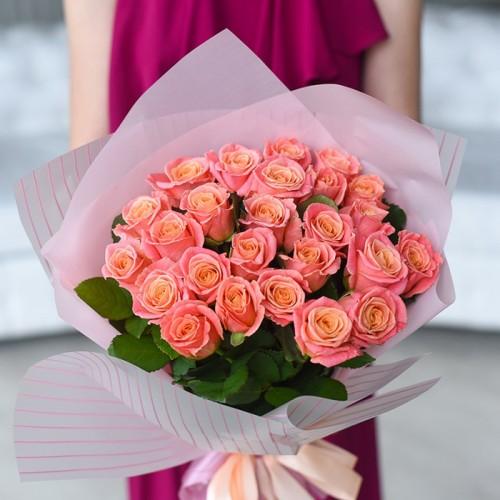 21 роза Miss Piggi