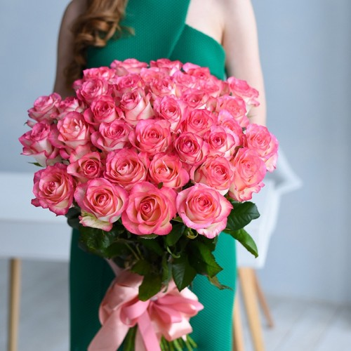 35 роз Jumilia