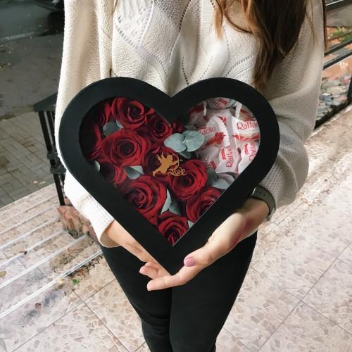 Сердце из импортных роз + Raffaello