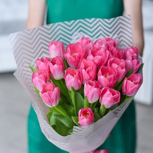 Розовые тюльпаны поштучно