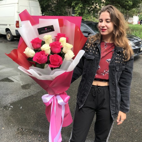 11 голландских роз